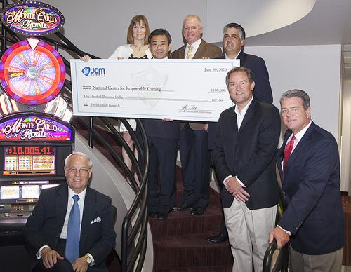 Tournament Raises $100,000 For NCRG